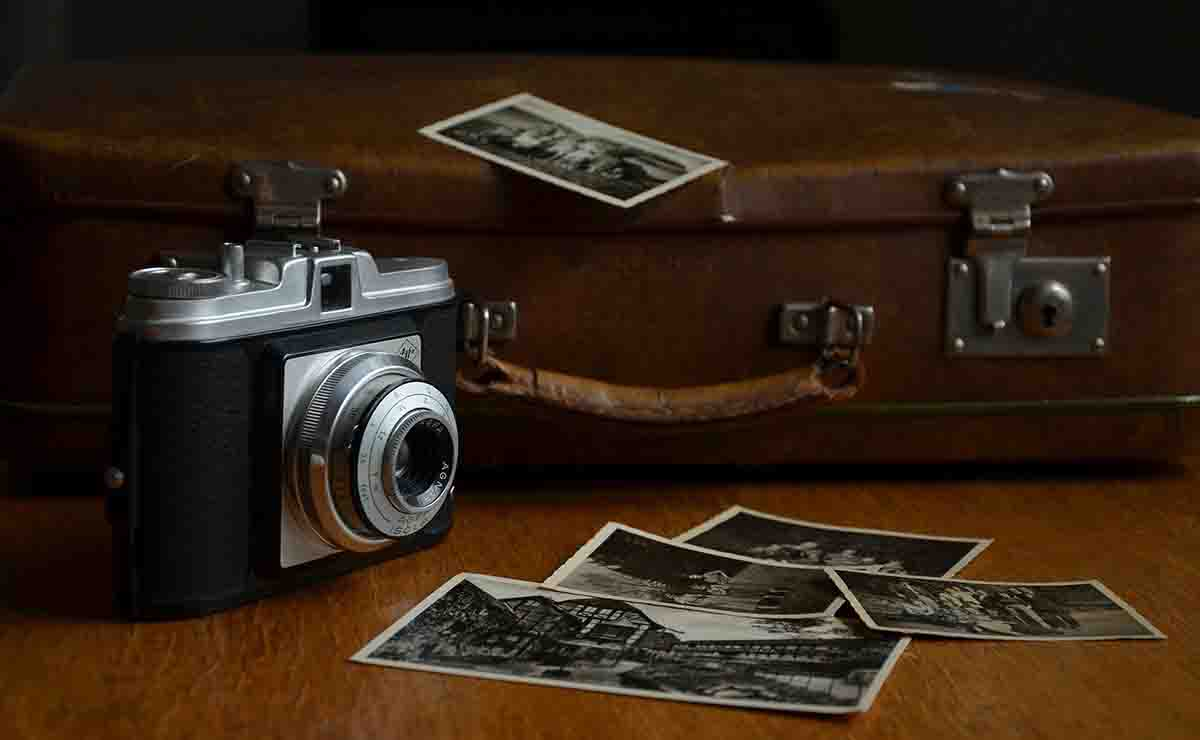 packing camera for travel